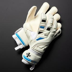One Nova Type 1 Junior Goalkeeper Gloves