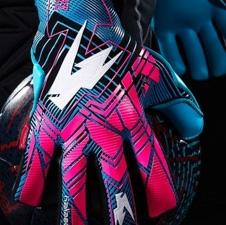 News - Kaliaaer Glove Launch